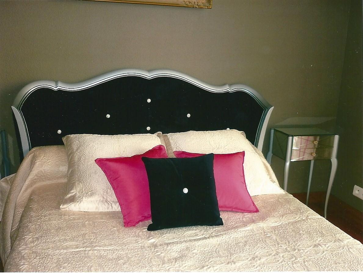 Couturi re tapissier d corateur couture d 39 ameublement bordeaux relookage de meubles gironde for Peindre tete de lit