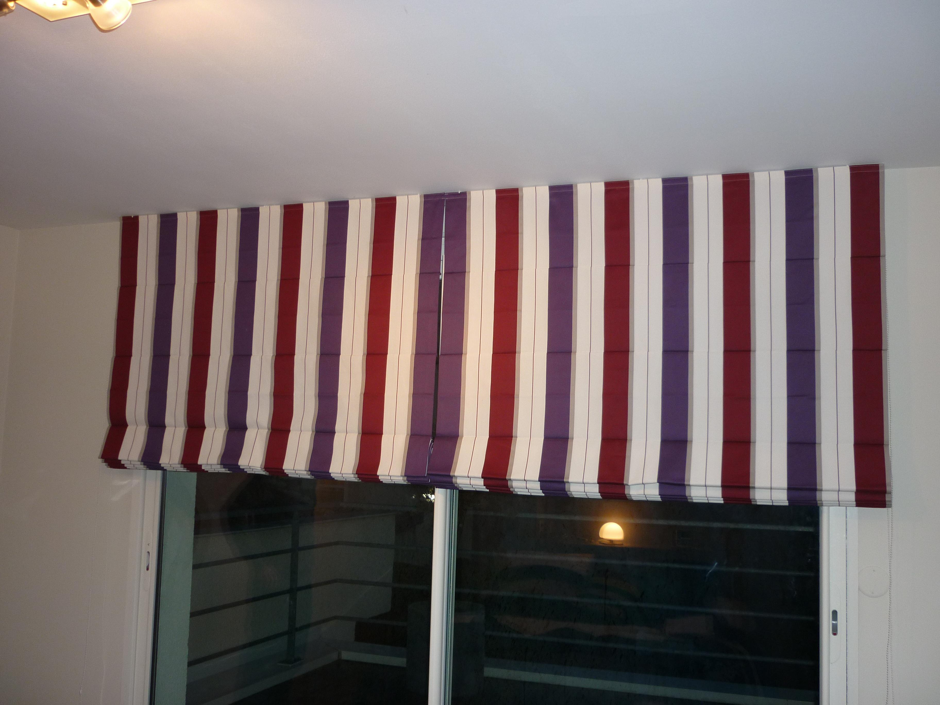 couturi re tapissier d corateur couture d 39 ameublement bordeaux stores americains ou bateaux. Black Bedroom Furniture Sets. Home Design Ideas